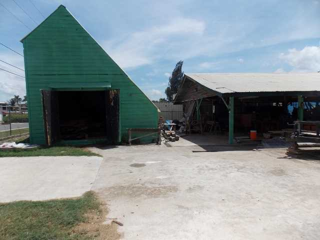 Remax real estate, Belize, San Ignacio, # 2364 - COMMERCIAL PROPERTY WITH FOUR BUILDINGS -