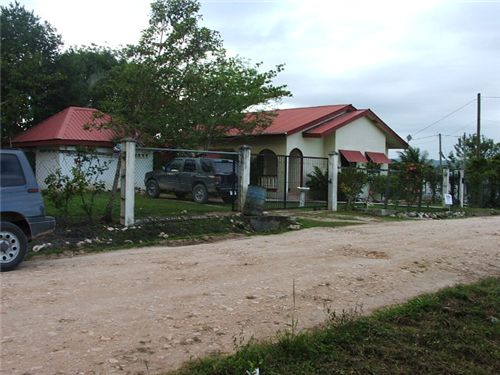 Remax real estate, Belize, San Ignacio, # 2191 - 3 BEDROOM HOUSE - SAN IGNACIO TOWN, CAYO
