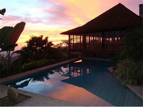 Remax real estate, Costa Rica, Atenas, Huge property with bali style and amazing views